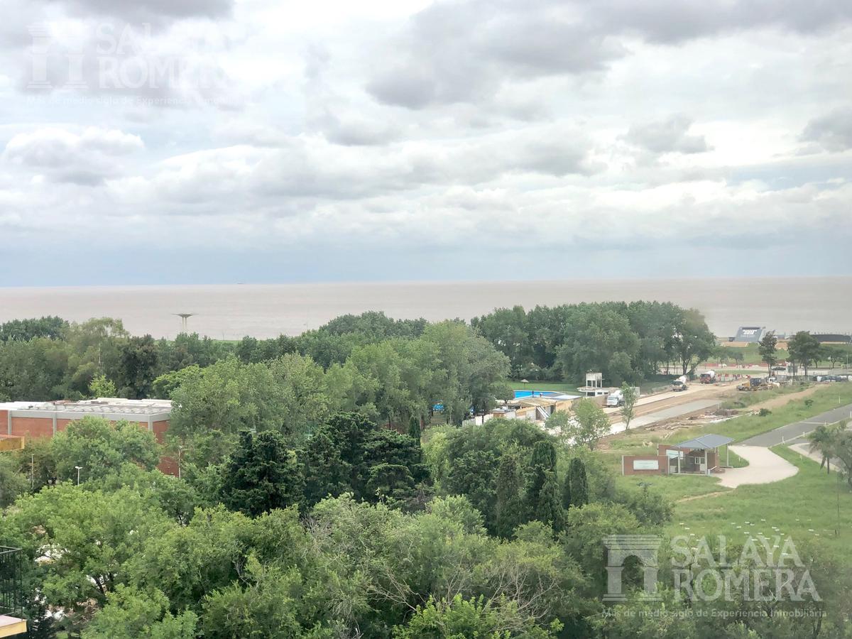 Foto Departamento en Alquiler en  Libertador al Río,  Vicente López  Libertador al Río