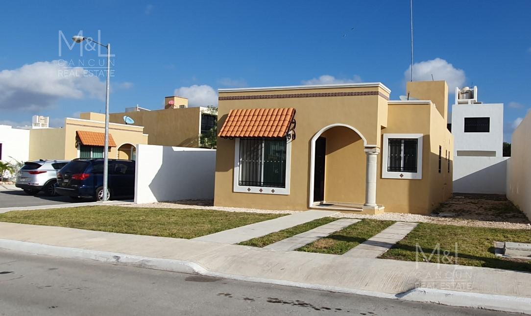 Foto Casa en condominio en Renta en  Gran Santa Fe,  Cancún  Casa en renta en Gran Santa Fe III de 2 Recamaras, supermanzana 323, Cancún, Quintana Roo, Mexico