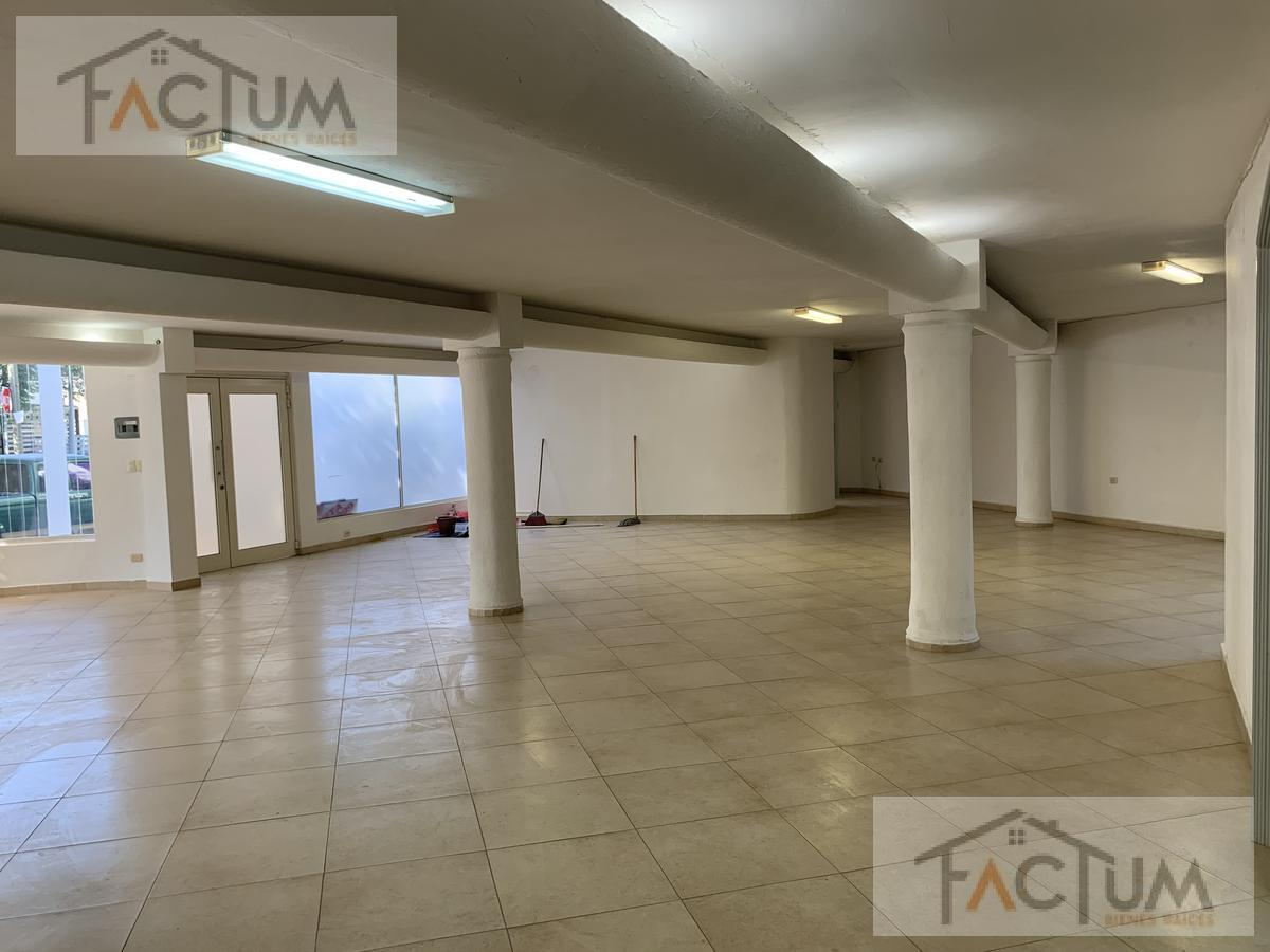 Foto Casa en Venta en  Monterrey ,  Nuevo León  CASA EN VENTA EN COL. MITRAS