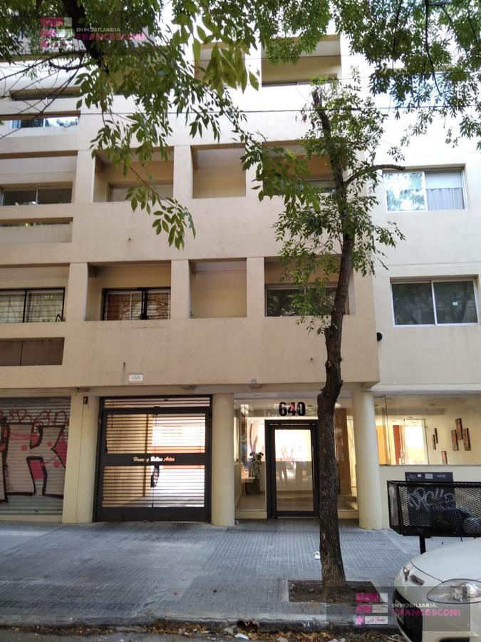 Foto Departamento en Alquiler en  Plaza Rocha,  La Plata  61 7 y 8