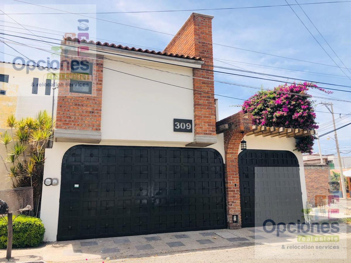 Foto Casa en Venta en  Fraccionamiento Bugambilias,  Salamanca  Bugambilias