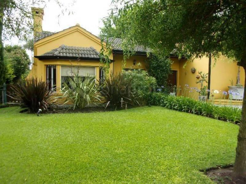 Foto Casa en Venta en  Altos Del Golf,  Countries/B.Cerrado (Pilar)  Saravi al 3500