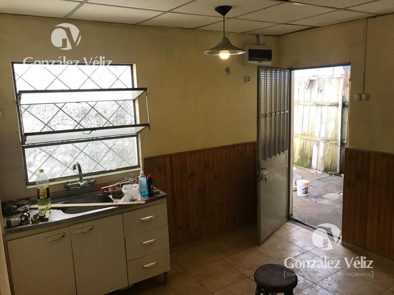 Foto Casa en Alquiler en  Carmelo ,  Colonia  DEFENSA ENTRE 19 DE ABRIL Y URUGUAY