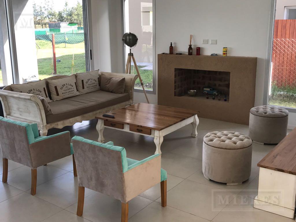 Casa en venta y alquiler en La Comarca a La Laguna!