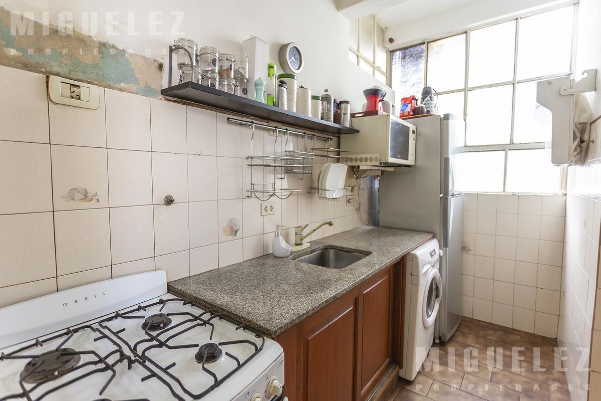 Foto Departamento en Venta en  Lomas De Zamora ,  G.B.A. Zona Sur  DEPARTAMENTO en venta, 3 AMBIENTES,  lomas de zamora, AZARA 80..