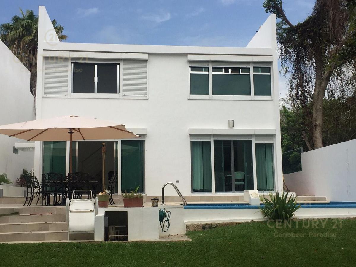 Foto Casa en Renta en  Playa del Carmen ,  Quintana Roo  Se RENTA espectacular casa en Club Real Fase II , 4 rec 5 baños, PLAYACAR, sin muebles Playa del Carmen