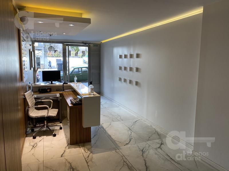 Foto Oficina en Alquiler en  San Telmo ,  Capital Federal  Av. Belgrano al 300