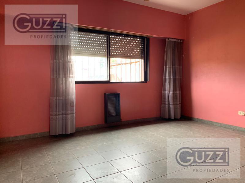 Foto Casa en Venta en  Carapachay,  Vicente López  Almafuerte al 5700