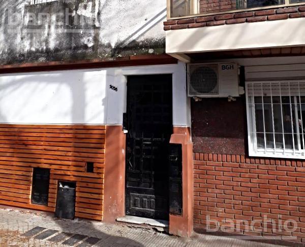 JUAN MANUEL DE ROSAS al 2000, Rosario, Santa Fe. Alquiler de Departamento de Pasillo - Banchio Propiedades. Inmobiliaria en Rosario