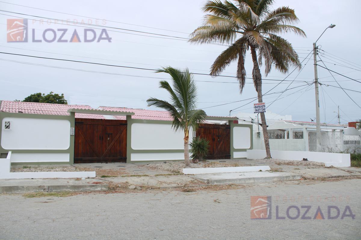 Foto Casa en Venta en  Salinas ,  Santa Elena  Salinas
