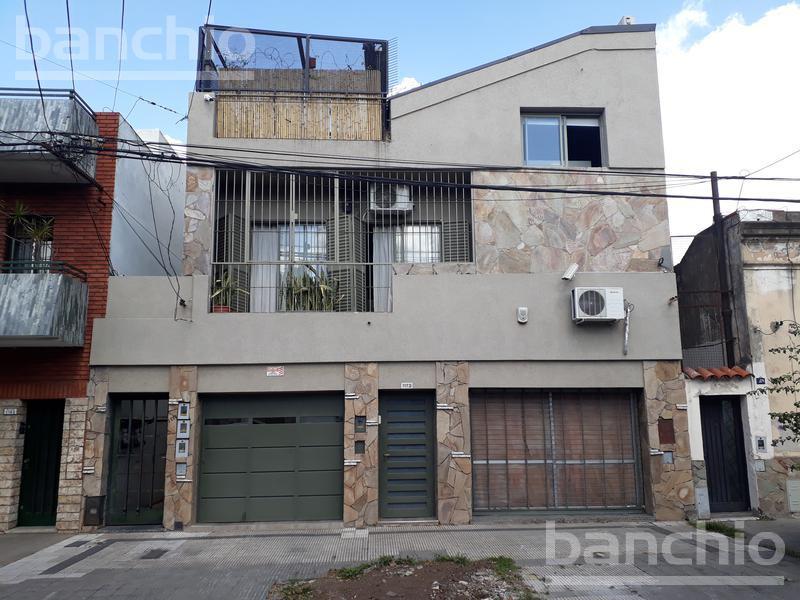 galvez al 1100, Rosario, Santa Fe. Venta de Casas - Banchio Propiedades. Inmobiliaria en Rosario