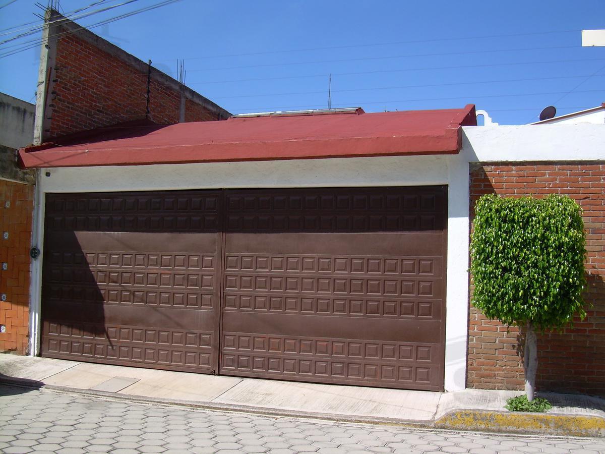 Foto Casa en Renta en  Puebla de Zaragoza ,  Puebla  Casa en renta en zona Calzada Zavaleta.