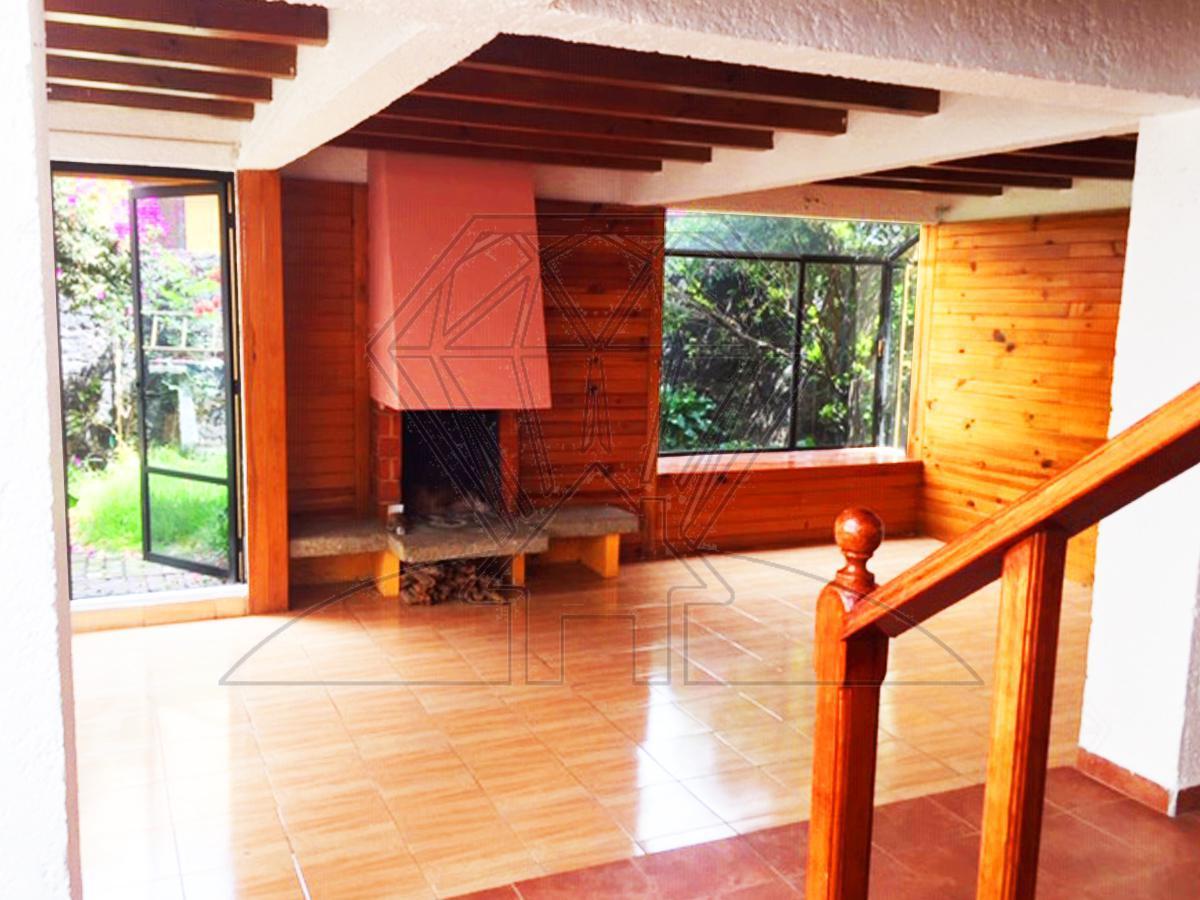 Foto Casa en Renta en  Héroes de Padierna,  Tlalpan          Calle Huehuetan casa con JARDIN  en renta ,  Colonia Héroes de Padierna (LG)