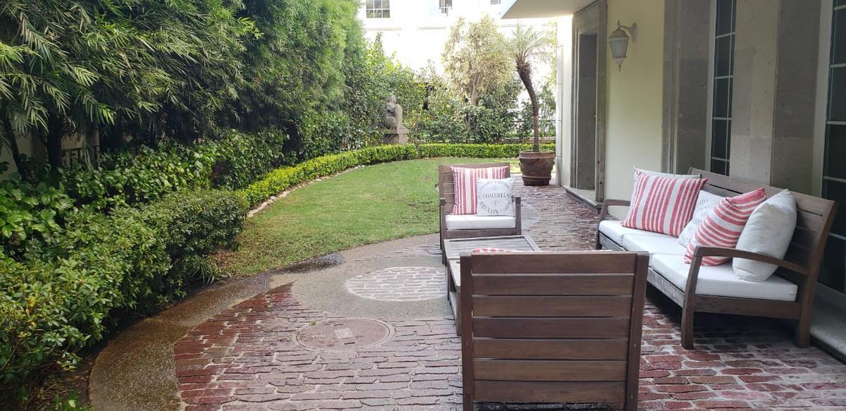 Foto Casa en Venta en  Bosques de las Lomas,  Cuajimalpa de Morelos          Res. Las Villas, venta casa en condominio (VW)