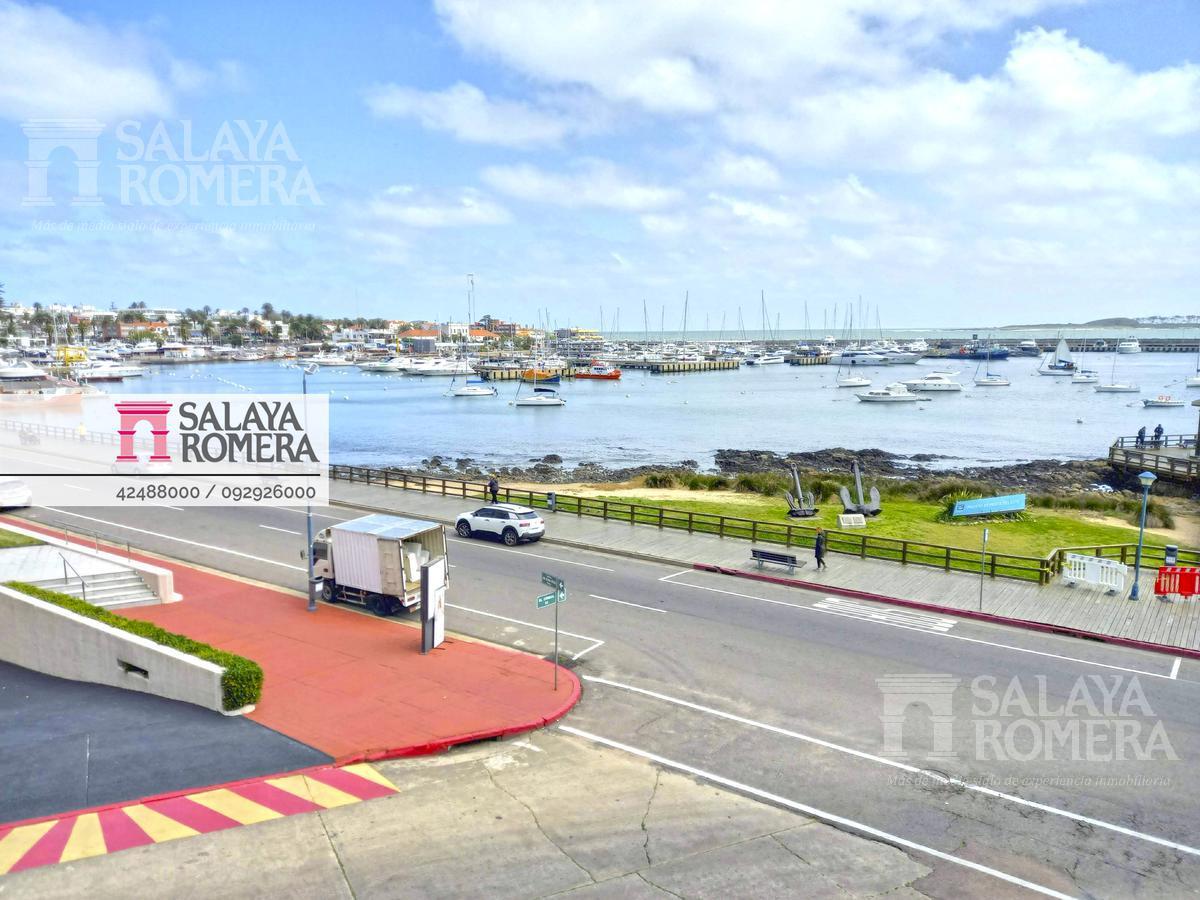 Foto Departamento en Venta en  Península,  Punta del Este  Venta - Departamento, Vista al Mar, 3 Dormitorios