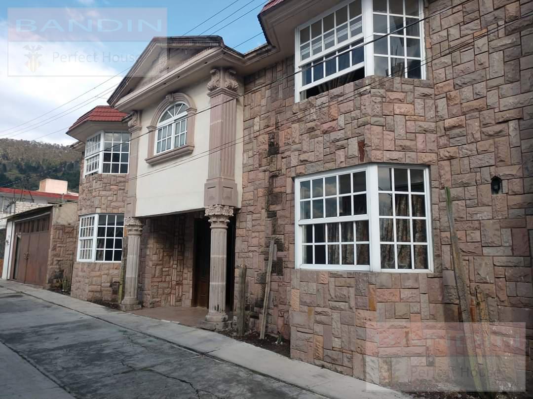 Foto Casa en Venta en  San Mateo OxtotitlAn,  Toluca  La Joya,Col. La Joya, San Mateo Oxtotitlan