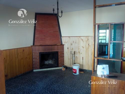Foto Casa en Venta | Alquiler en  Carmelo ,  Colonia  Varela entre Defensa y 12 de Febrero