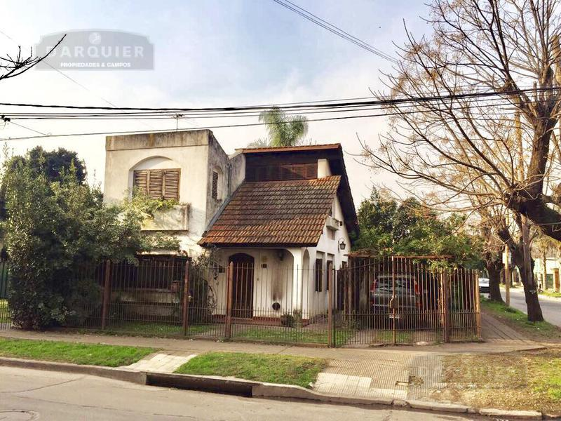 Foto Casa en Venta en  Adrogue,  Almirante Brown  QUINTANA 1095 ESQUINA BOUCHARD