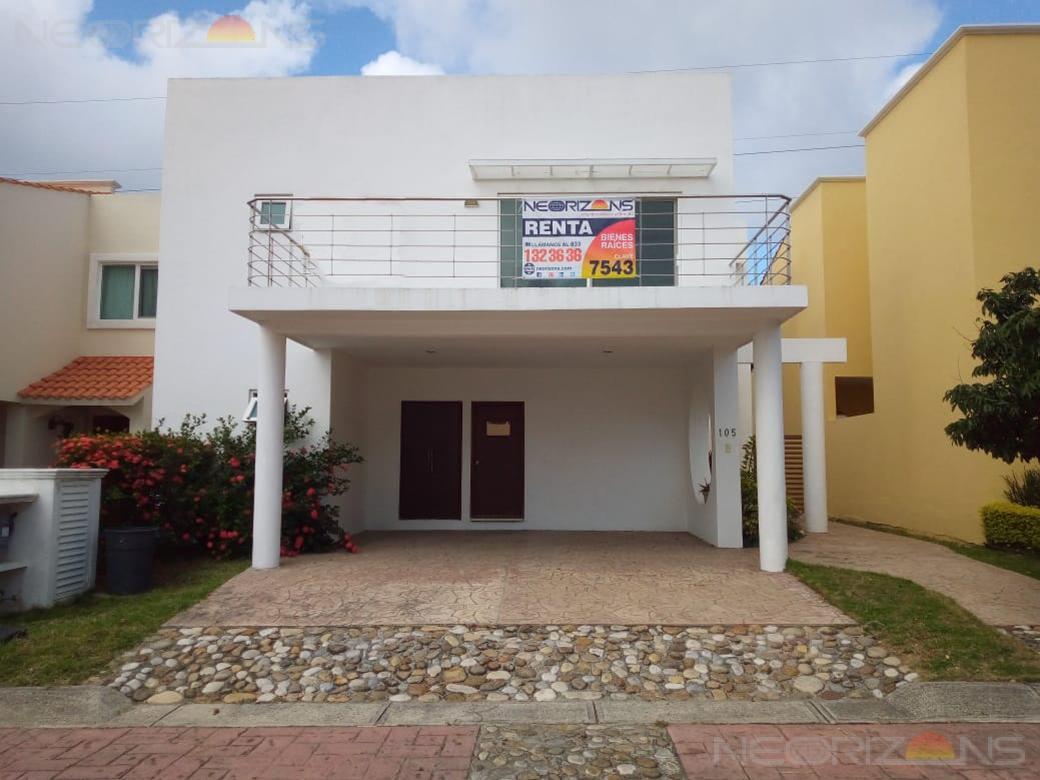 Foto Casa en Renta en  Fraccionamiento Residencial Náutico,  Altamira  Amplia y Moderna Casa Amueblada en Renta en Altamira Fracc. Residencial Nautico