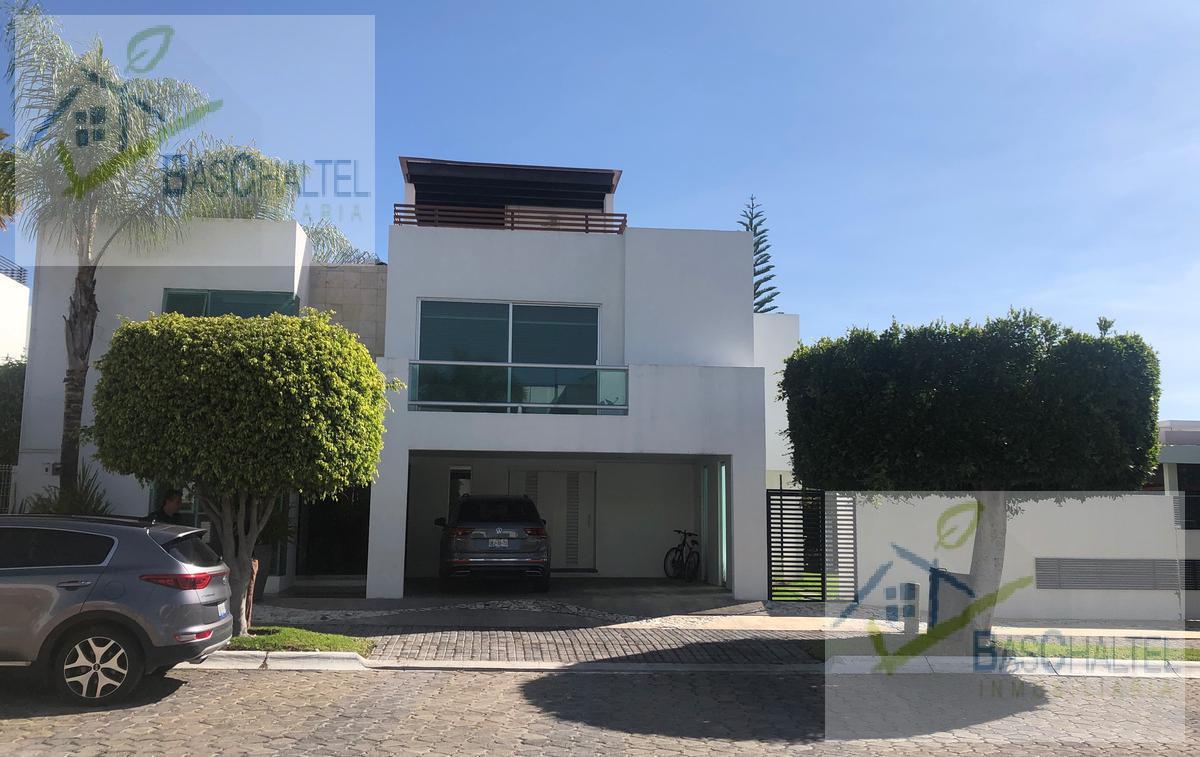 Foto Casa en Venta en  Fraccionamiento Lomas de  Angelópolis,  San Andrés Cholula  Fraccionamiento Lomas de  Angelópolis
