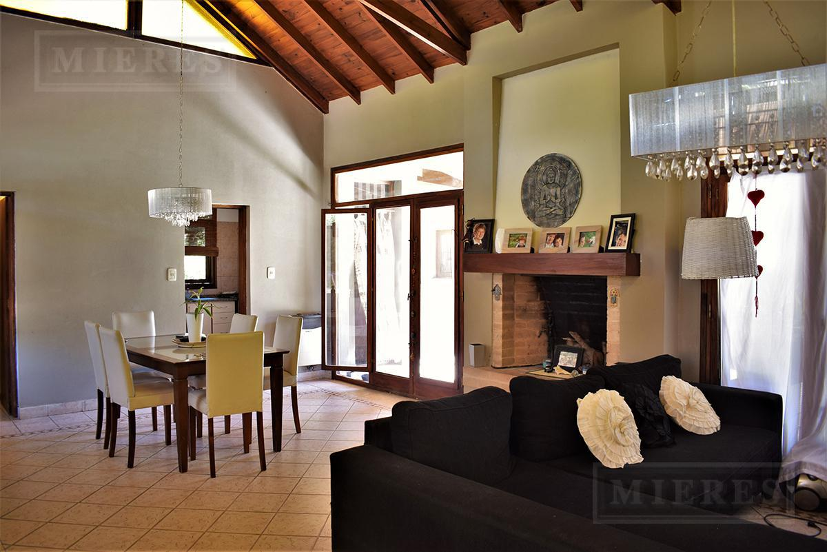 Casa de 240 mts en El Lucero