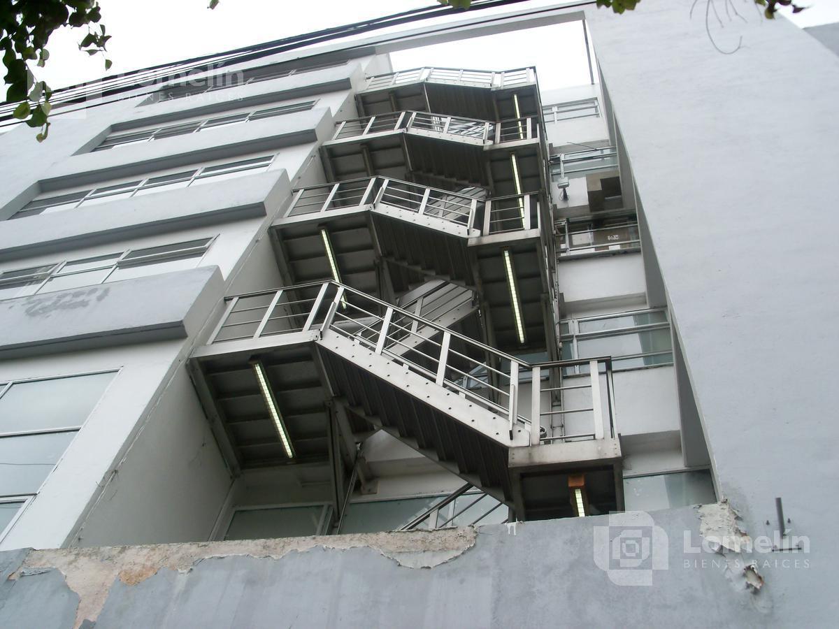 Foto Edificio Comercial en Venta en  Guadalupe Insurgentes,  Gustavo A. Madero  Basiliso Romo Anguiano 225