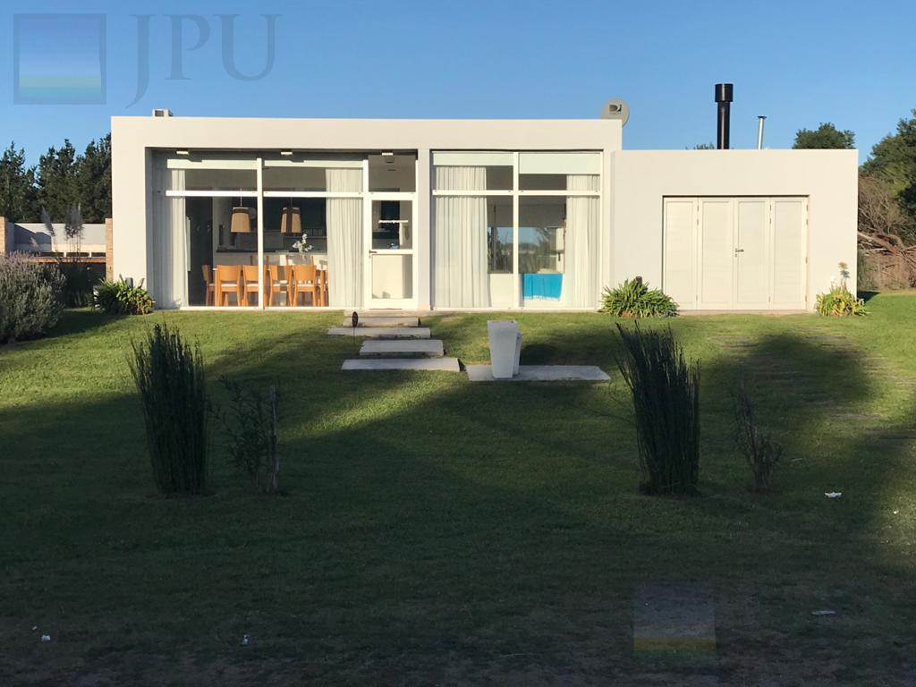 Foto Casa en Venta en  Costa Esmeralda,  Punta Medanos  Senderos II 82
