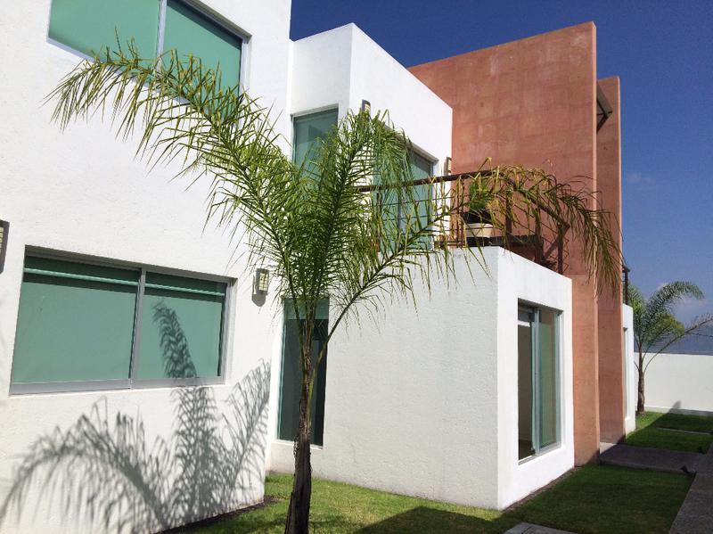 Foto Departamento en Renta en  Pueblo Santa Rosa de Jauregui,  Querétaro        EXCELENTE  DEPARTAMENTO EN RENTA QUERETARO