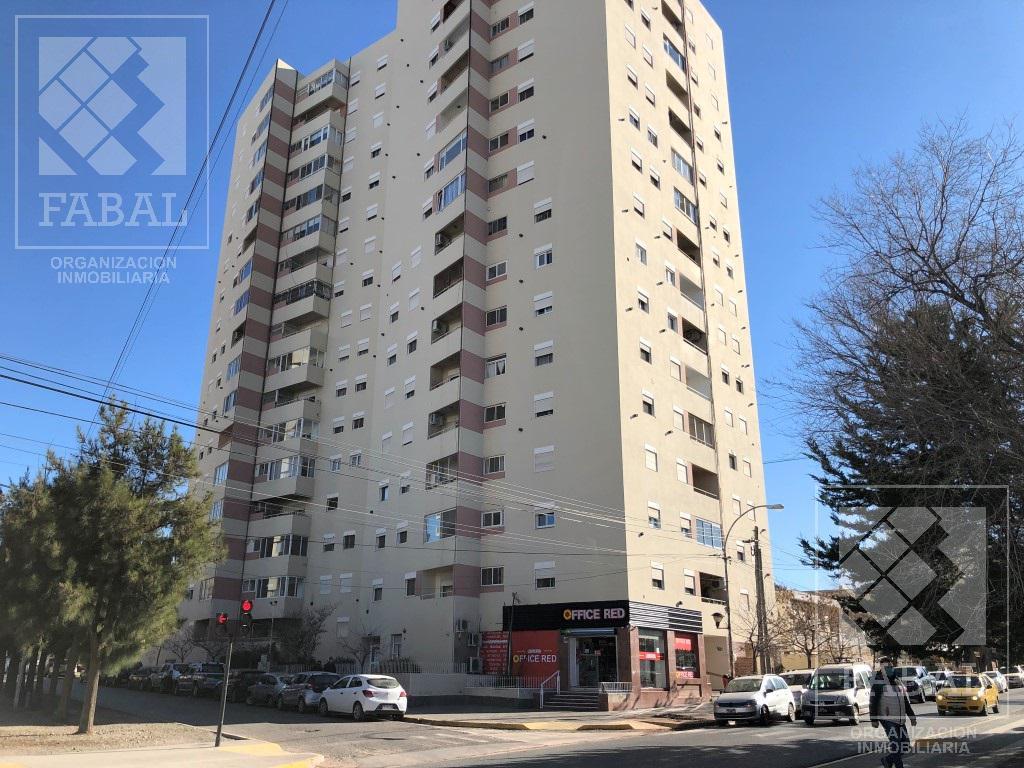 Foto Departamento en Venta en  Área Centro Este ,  Capital  Avenida Argentina 878