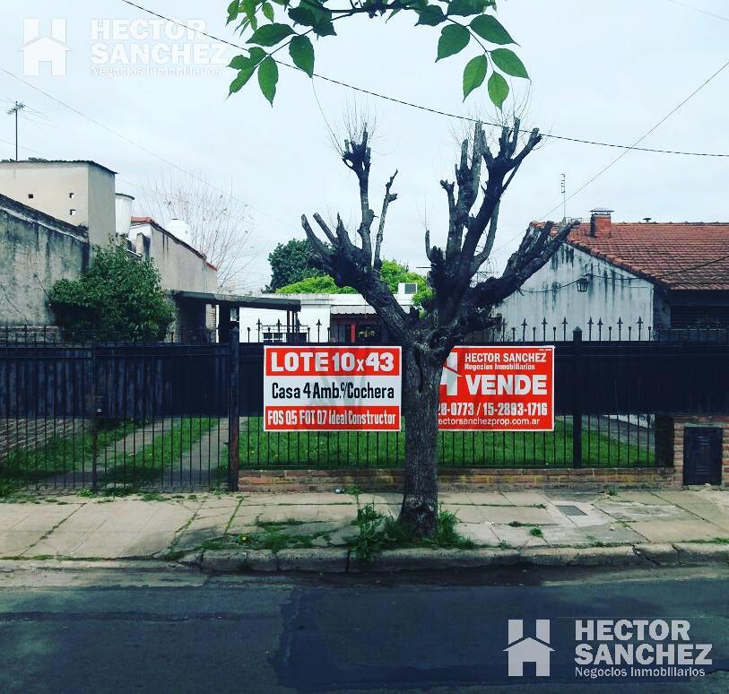 Foto Casa en Venta en  Moron Sur,  Moron  Padre Castañer al 500