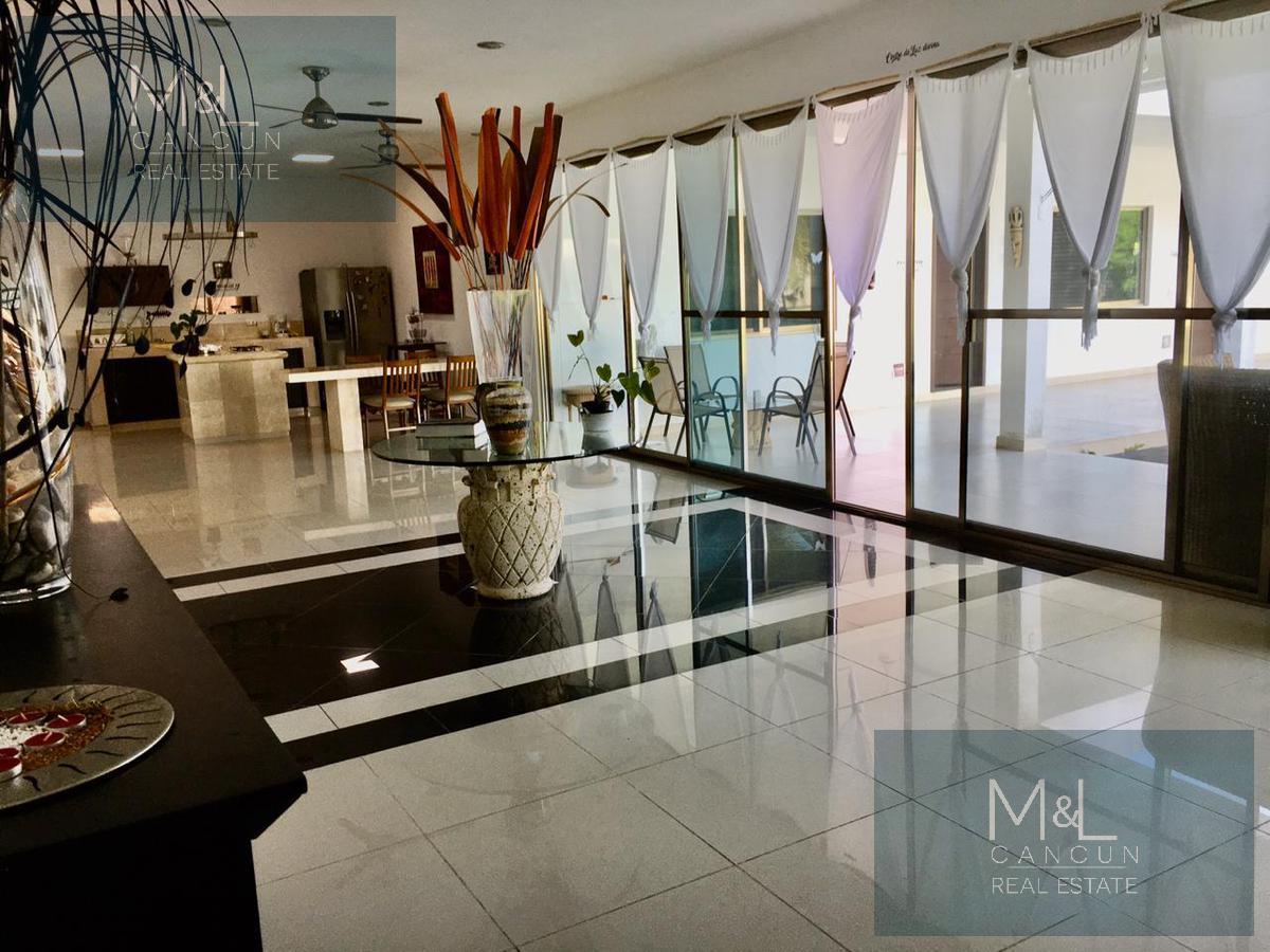 Foto Casa en Venta en  Benito Juárez,  Altar  Casa en Venta en Cancun,  Col. Doctores, 4 recamaras en  una planta en  Terreno muy grande