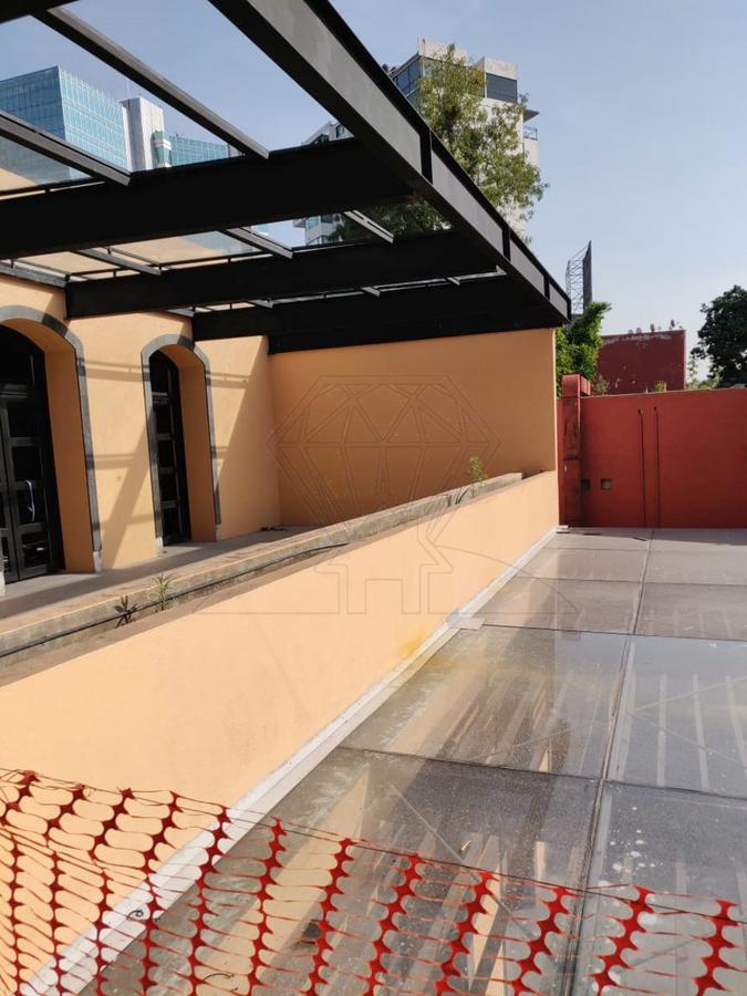 Foto Local en Renta en  San Angel,  Alvaro Obregón  Av. de la Paz Local a la renta en plaza comercial (VW)