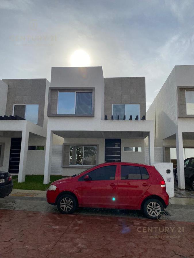 Jardines del Sur House for Rent scene image 2