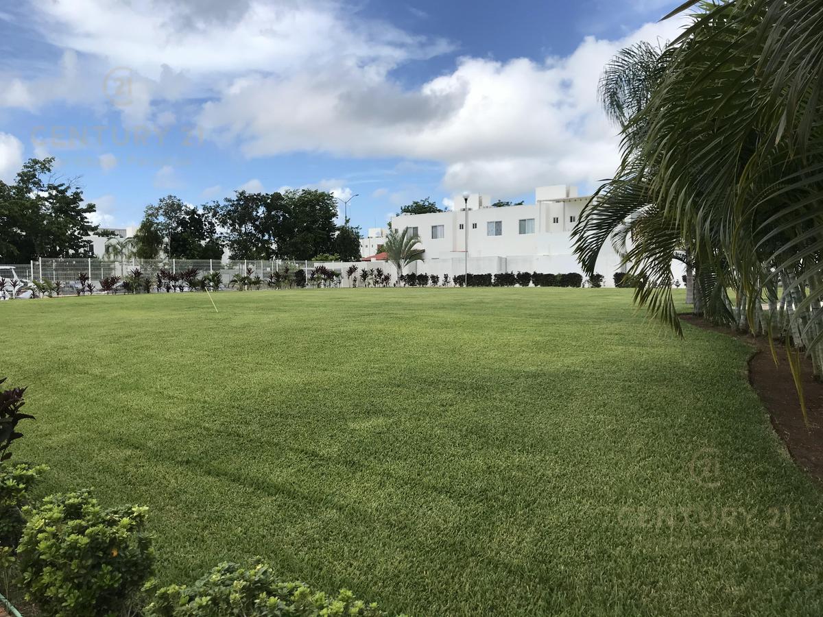 Playa del Carmen House for Sale scene image 29