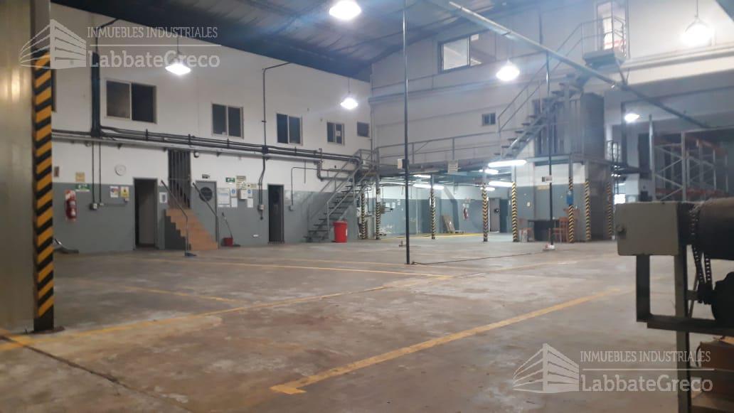 Foto Nave Industrial en Alquiler en  San Andres,  General San Martin  Saenz Peña 2000