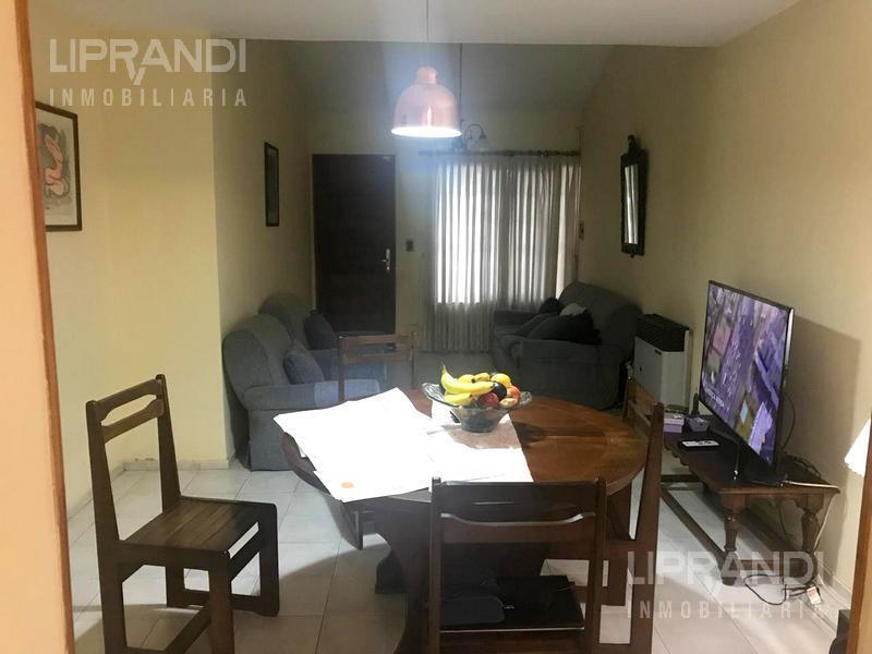 Foto Casa en Venta en  Nuevo Poeta Lugones,  Cordoba Capital  BETINOTTI al 3100