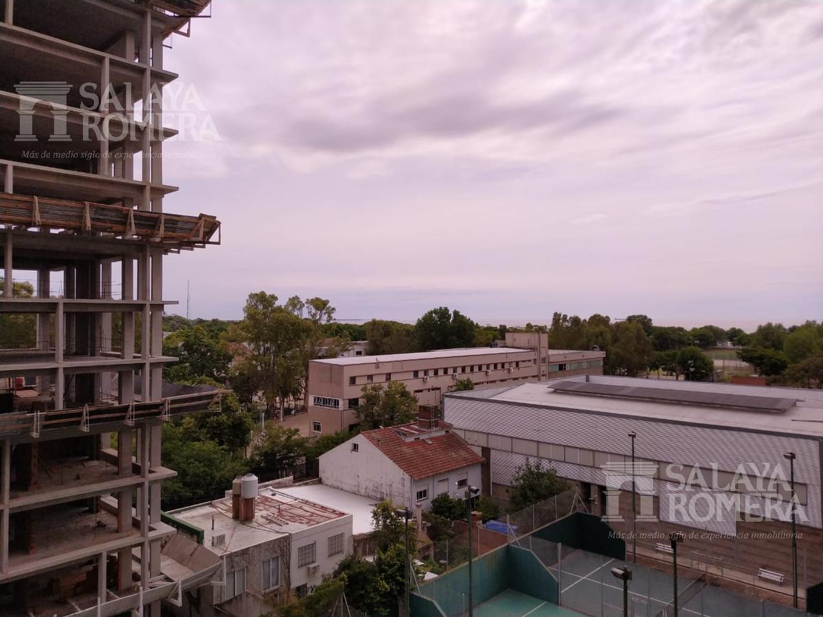 Foto Departamento en Alquiler en  Olivos-Vias/Rio,  Olivos  Av. Libertador al 2800