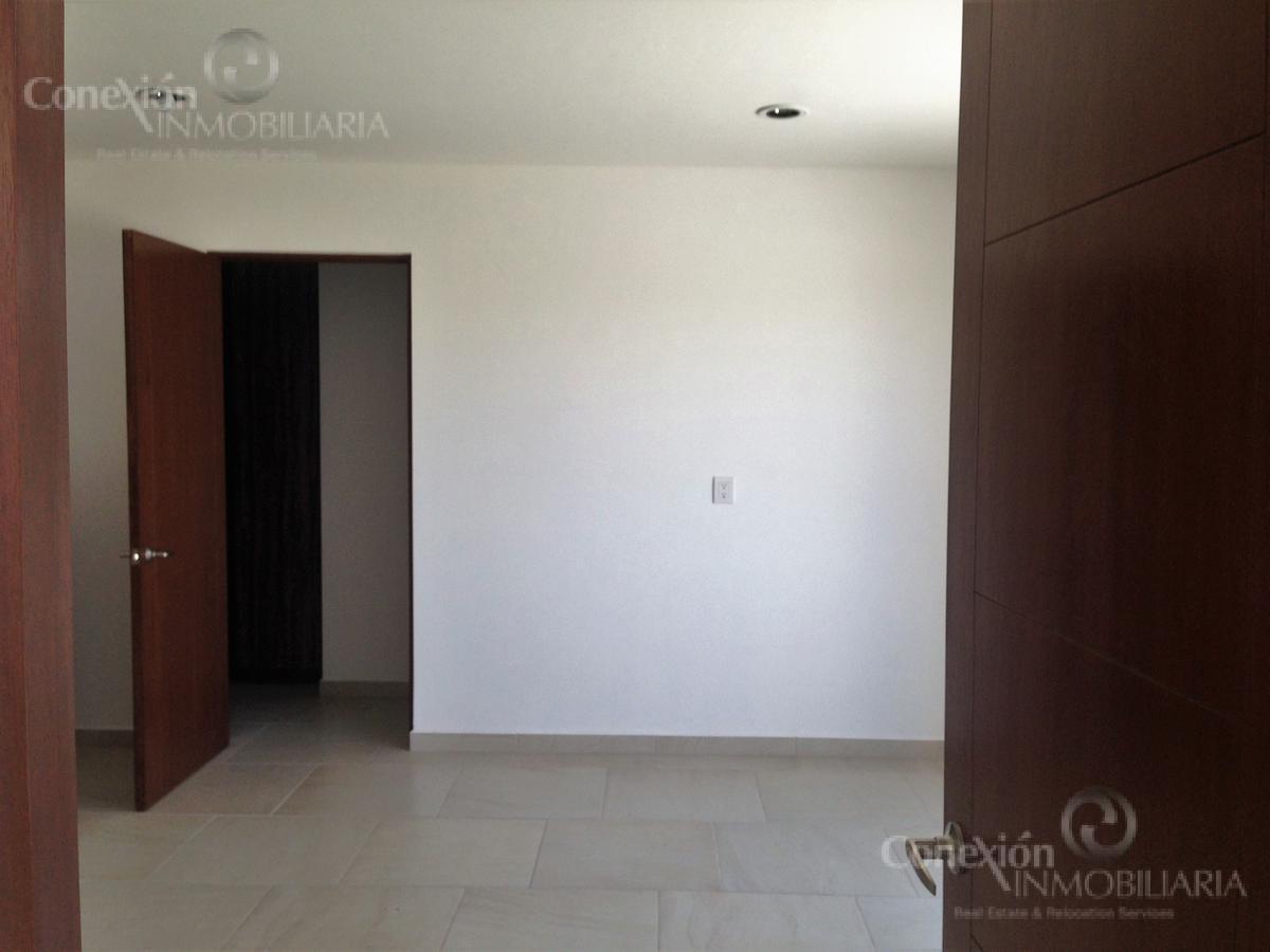 Foto Casa en Renta en  Juriquilla,  Querétaro  CASA EN RENTA EN PRIVADA EN CUMBRES DEL LAGO JURIQUILLA