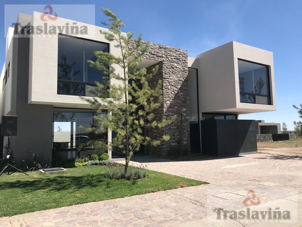 Foto Casa en Venta |  en  La Campiña,  León  HERMOSA CASA NUEVA EN LA CAMPIÑA