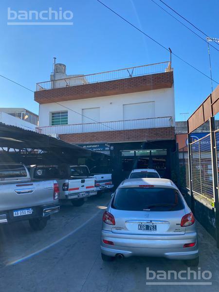 AV EVA PERON al 7200, Rosario, Santa Fe. Venta de Casas - Banchio Propiedades. Inmobiliaria en Rosario