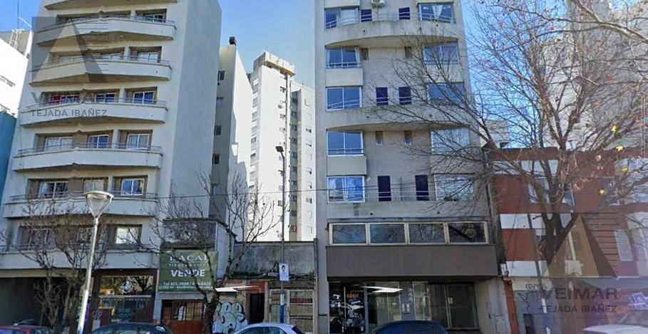 Foto Terreno en Venta en  La Plata,  La Plata  60 E/1 Y 2