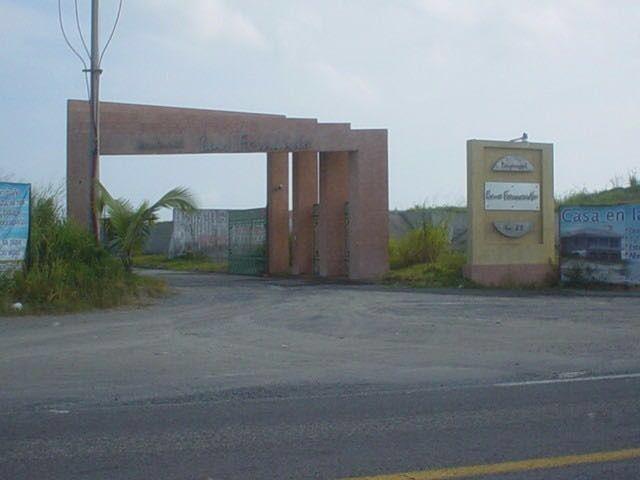 Foto Terreno en Venta en  Fraccionamiento Residencial Senderos,  Torreón  Santa Maria Buenavista