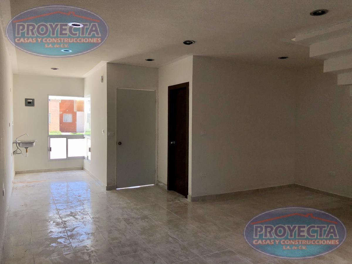 Foto Casa en Venta en  San Daniel,  Durango  COMODA CASA NUEVA CERCA DE WALMART FRANCISCO VILLA,  FRAC. SAN DANIEL