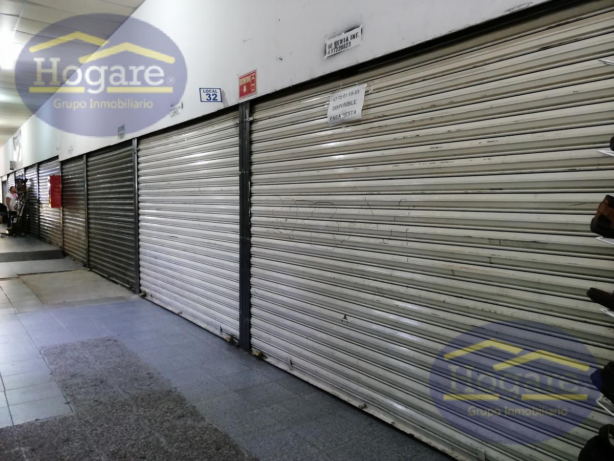 Local en venta en la Central a unos metros de la zona piel y plaza del calzado León Gto.