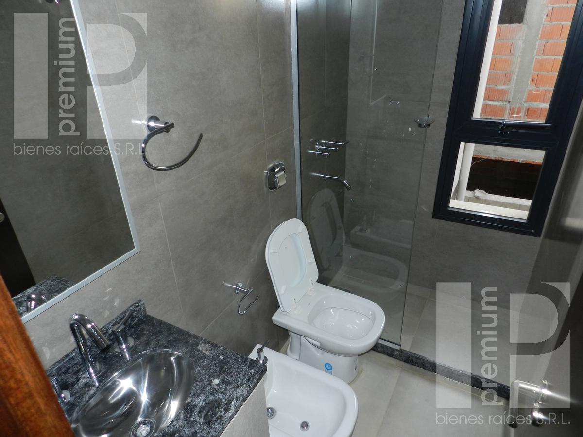 Foto Departamento en Alquiler en  Independencia,  San Francisco  J.J. PASO (N) al 3600
