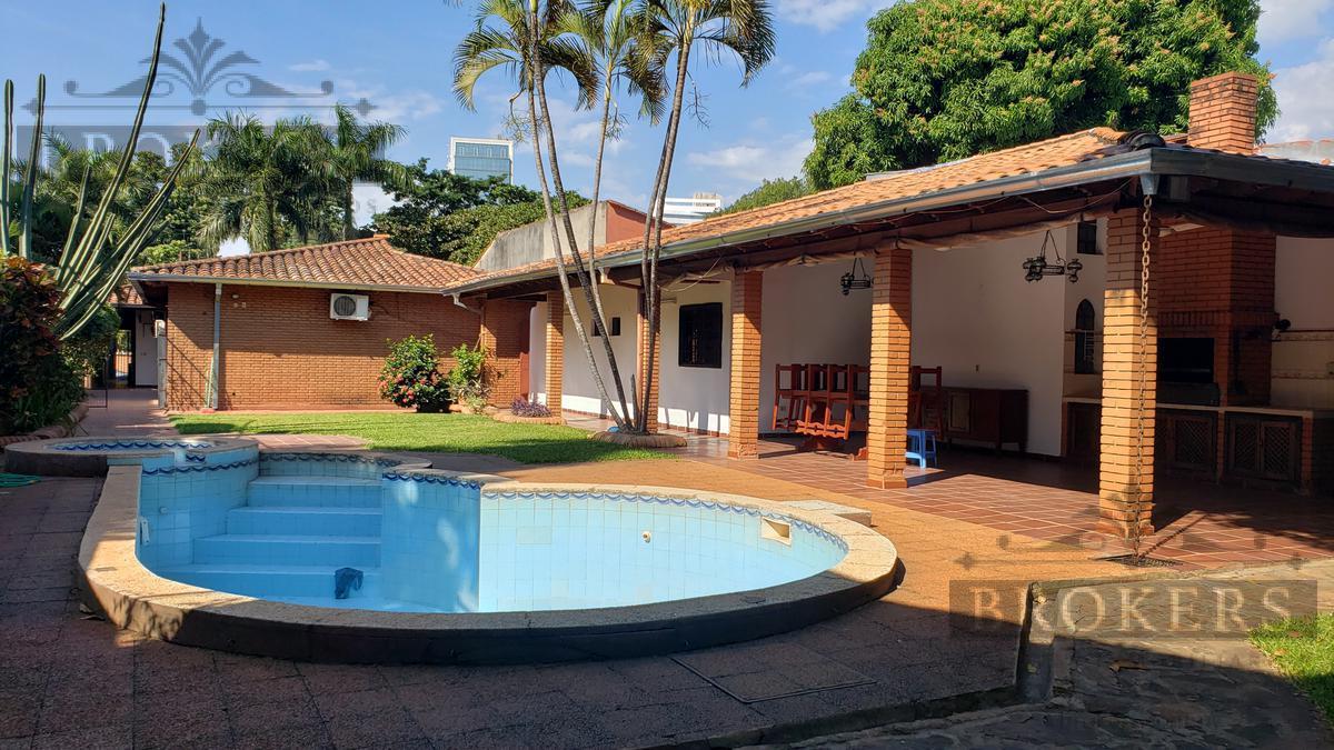 Foto Casa en Alquiler en  Las Lomas,  Santisima Trinidad  Alquilo Casa de 4 Dormitorios con Piscina en Las Lomas
