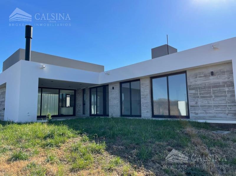 Foto Casa en Venta |  en  La Carolina,  Cordoba Capital  Punta del Este esq. La Carolina