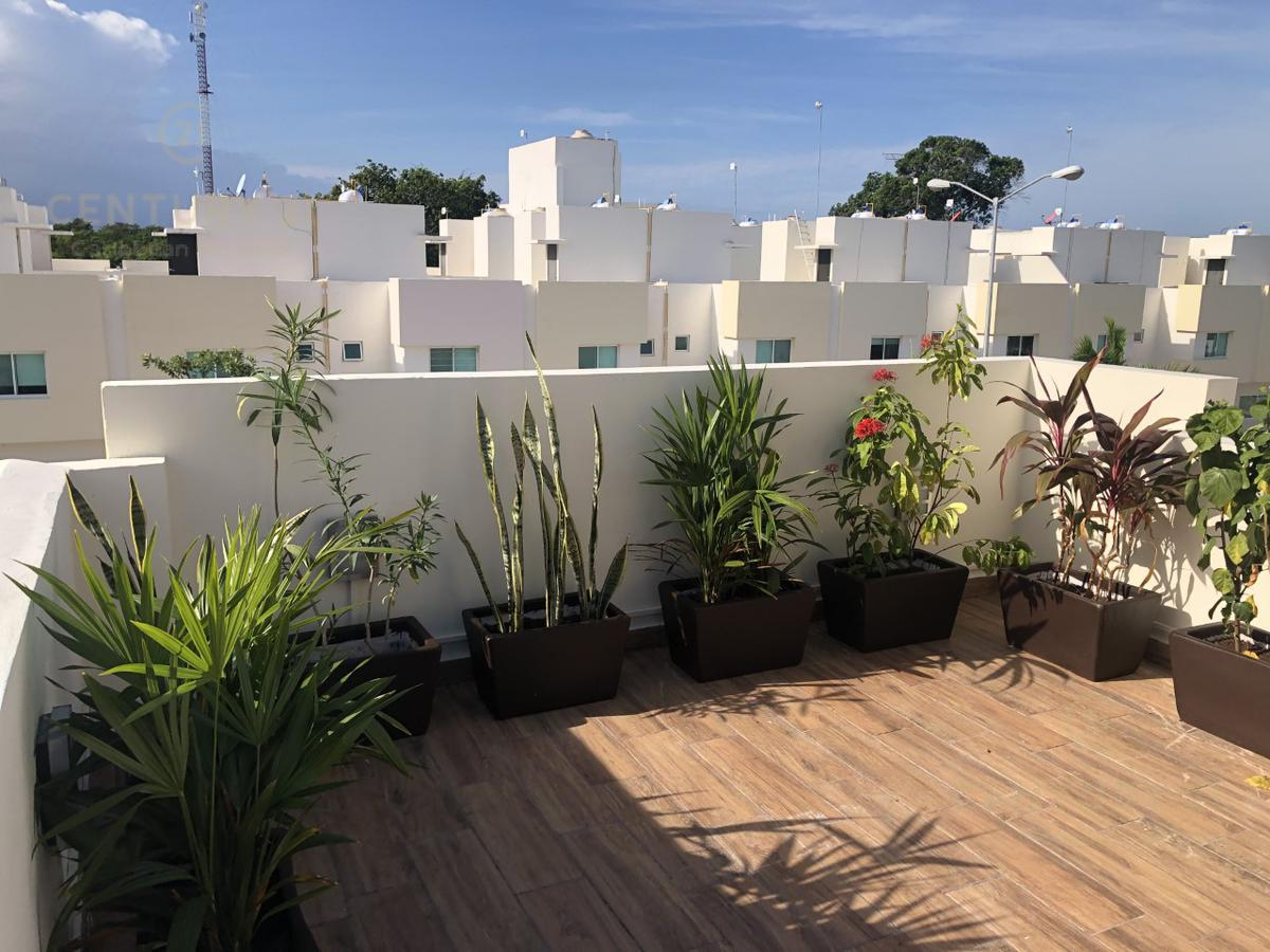 Playa del Carmen House for Sale scene image 27