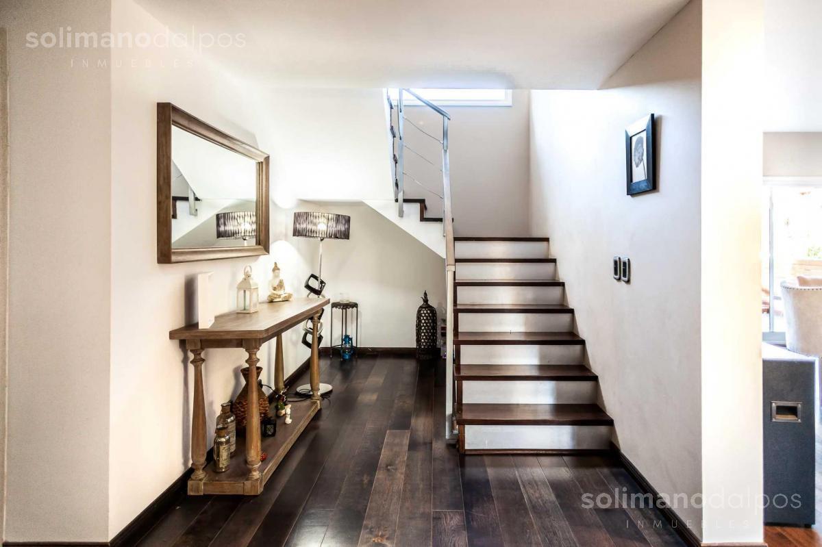 Foto Casa en Venta | Alquiler en  La Lucila-Vias/Maipu,  La Lucila  Catamarca al 3400