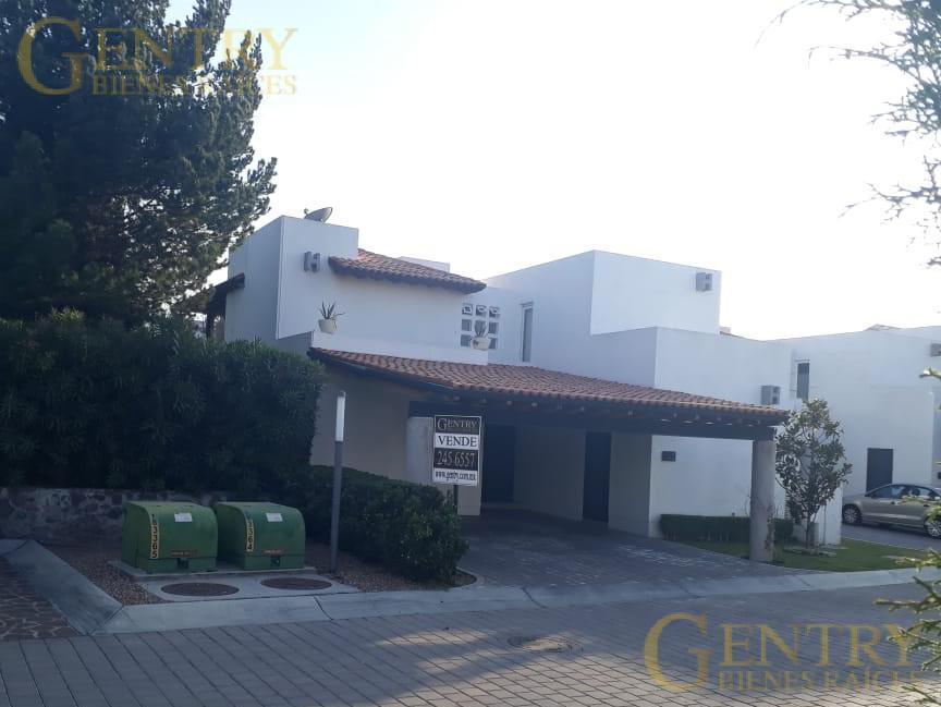 Foto Casa en Venta en  Lomas del Campanario,  Querétaro  !!!Oportunidad¡¡¡ Casa en Venta Lomas del Campanario ll